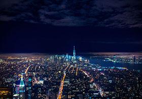夜間城市建筑鳥瞰圖