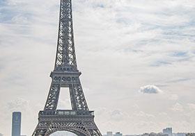 法国埃菲尔铁塔封面高清图