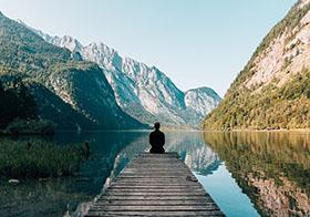 山水间的宁静