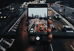 小手机大世界