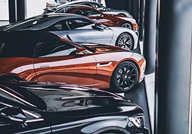4S店的汽车展览