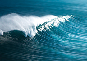大海海浪翻滚封面高清图