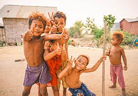 充满童真的柬埔寨孩子们