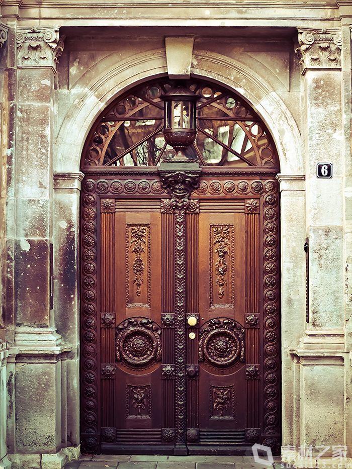 复古中式大门封面高清图