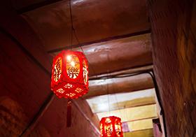中式婚礼灯笼红灯笼矢量图