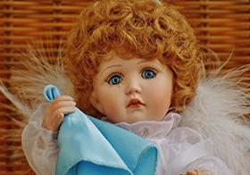智能洋娃娃女孩高清图