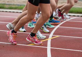 競跑運動高清圖