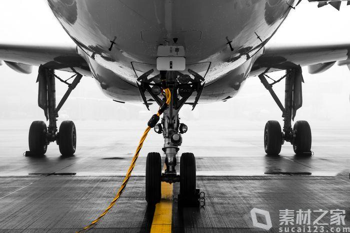 飞机轮胎高清图