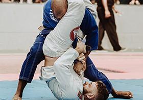 柔道比賽精彩瞬間