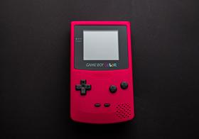 红色复古游戏机高清图