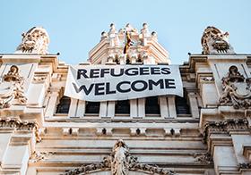 歡迎難民白色橫幅
