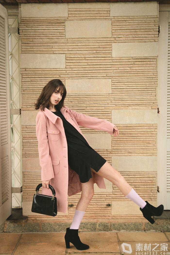 時尚長腿美女封面高清圖