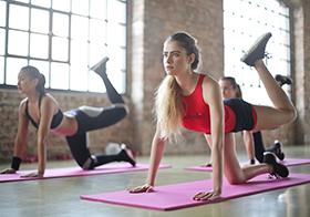 塑臀减肥瑜伽运动