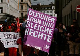 紫色简洁抗议Banner