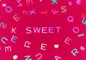 可爱彩色字母海报