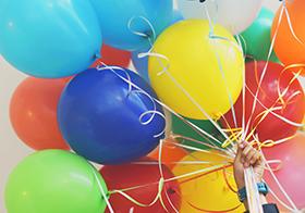 梦幻彩色气球高清图